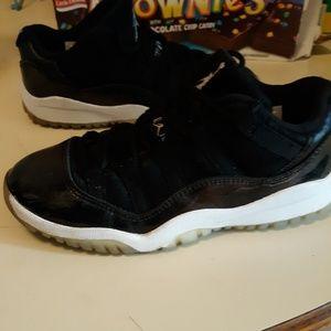 af43ede500dc Jordan Shoes - Boys Jordan 11 G s Baron Lows